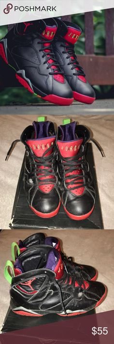 Marvin The Martian 7 Jordan's Good condition. Has a couple of scratches on the side and in the back as you can see nothing major. Size:8 open to all offers. Air Jordan Shoes Sneakers