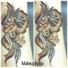 Done by Jija #henna #hena #mehendi #mhendi #dubai #mydubai #dubai #artist #tattoo #patterns #dollhousedubai #girls #cute #wakeupandmakeup #vegas_nay #hudabeauty  #bride #bridal  #mua #jumeirah #creativity #حنا #حناء #نقوش #دبي #بنات #نقش #monakattan #laurag_143 #hennainspire