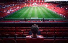 Football Stadium Wallpaper, Soccer Photography, Photography 101, Manchester United Wallpaper, Soccer Motivation, Manchester United Football, Go Red, Football Stadiums, Old Trafford