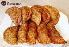 Empanadillas, esas pequeñas masas rellenas de lo que más os guste al estilo Nacho o Chef Garriga. Impresionantes, las mejores de Allariz.