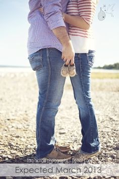 "Had to pin this pregnancy announcement idea as we are known as the ""Sperry Family. I think I'll tell me husband the good news with a gift - baby Sperry's. Maternity Session, Maternity Pictures, Maternity Photography, Baby Pictures, Baby Photos, Photography Ideas, All Star Bebe, My Bebe, Cute Pregnancy Announcement"