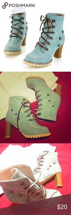 Fashion lace up Boots with platform Soft leather Lace up Boots with platform-Spring autumn - soft leather -Square Heel- hill high(3'up) outside material: rubber linning material: synthetic, boot size it says 42 but it comes small it fit girls 9.5 US- color is BLUe, idk my pict look kinda green 😀 Shoes Ankle Boots & Booties