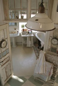 #vintage style #bathroom. Pic only, inspiration source though.