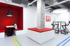 Underhub Office - directions to meeting rooms / spaces with visual cues on floor