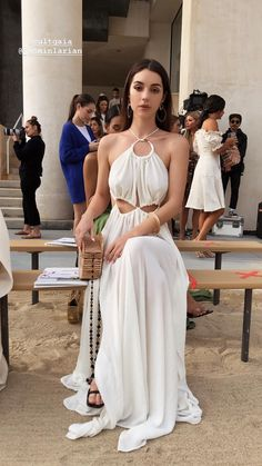 Adelaide Kane styled by founder Cat Wennekamp Tapper // Cult GaiaYou can find Adelaide kane and more on our website.Adelaide Kane styled by founder Cat Wennekamp Tapp. Mode Outfits, Fashion Outfits, Reign Mary, Reign Dresses, Look Star, Reign Fashion, Celebs, Celebrities, Designer Wedding Dresses