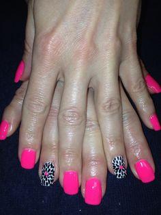 Bright neon pink nails flower nailart gelish shellac