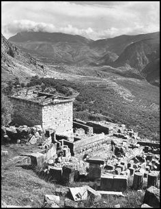 https://flic.kr/p/21Tdj91 | Ο Θησαυρός των Αθηναίων, Δελφοί. Φωτογραφία: Βούλα Παπαϊωάννου.