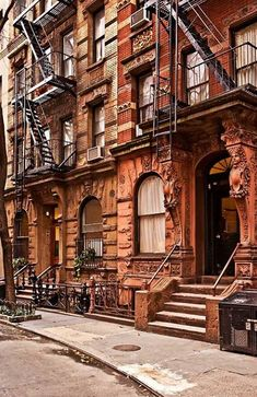 Greenwich Village, New York City  photo via vicky