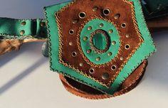 Leather waist bag with malachite stone
