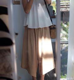 Calça curta neutra. #pantacourt #culotte