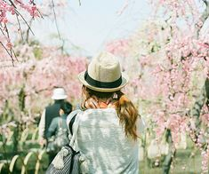 1000+ images about Beautiful flowers on We Heart It | See more about flowers, rose and pink Ulzzang, Amazing Photography, Fashion Photography, Hair Mask For Growth, Girls Life, True Beauty, Teen Fashion, Find Image, Cowboy Hats