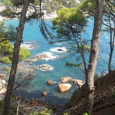 - holidays as a kiddywink Barcelona Catalonia, Beautiful World, To Go, Bucket, Europe, River, Holidays, Outdoor, Ideas