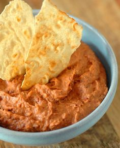 Whether you are celebrating a holiday, having a get-together, or watching sports - dips are the perfect party foods to delight your family and guests. This spicy red kidney bean dip is a snap to pu. Healthy Dip Recipes, Healthy Beans, Bean Dip Recipes, Healthy Cooking, Mexican Food Recipes, Soup Recipes, Cooking Recipes, Cooking Videos, Cooking Tips