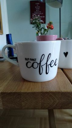Mr Mrs, Cappuccino Tassen, Coffee Painting, But First Coffee, Diy And Crafts, Ceramics, Mugs, Tableware, Coffee Cup