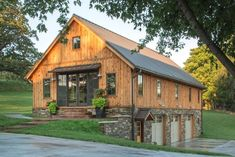 Steel Building Ideas - CLICK THE PIC for Lots of Metal Building Ideas. #metalbuildingpictures #metalbuildingideas Steel Homes, Steel Building Homes, Building A House, Metal Barn Homes, Pole Barn Homes, Barn House Plans, Barn Plans, Cheap Houses, Unusual Homes