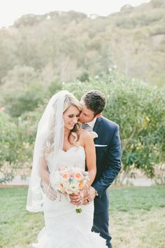 Bride & Groom | Elliston Vineyards, Sunol, CA | onelove photography