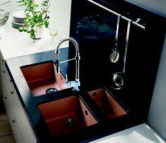 Si te gusta el diseño innovador y con la mayor practicidad, nuestra grifería modelo ART Design es la ideal para tu cocina.