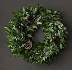 Simply click the link for more information holiday decorating diy wood Click the link for more info Holiday Mood, Holiday Tree, Holiday Wreaths, Christmas Holidays, Christmas Tree, Thanksgiving Decorations, Christmas Decorations, Holiday Decorating, Lotus Pods