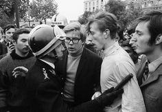 Gökşin Sipahioğlu - Photographie May  68 - Paris