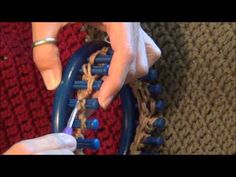 Different patterns for loom knitting