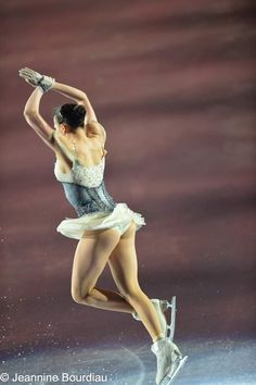 Hot Figure Skaters, Ice Skaters, Figure Skating, Alina Zagitova, Ice Girls, Ice Princess, Abstract Landscape Painting, Cute Cosplay, Athletic Women