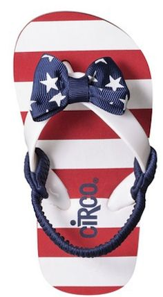 Absolutely adorable patriotic sandals - only $5.59! http://rstyle.me/n/jj3xmnyg6