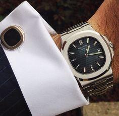 Patek Philippe - Nautilus (Ref.5711 ) and vintage white gold Nautilus cufflinks