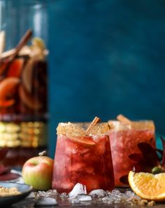 Red Apple Cider Sangria // fall cocktail ideas