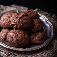 Getting your Profile Protein in a cookie is just plain fun! Try this as your snack three on the Reboot plan. Recipe submitted by: Emily Champon Minutes to Prepare: 5 Minutes to Cook: 7 Serving Size: 4-5 cookies Serves: 1...