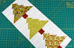 Trim the Tree with FQS! Download this #FREE PATTERN on the Jolly Jabber!