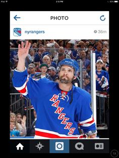Marty St.Louis officially retires as a NY Ranger