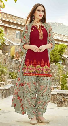 Picture of Charming Maroon Ready Made Patiala Salwar Suit Pakistani Dresses Casual, Pakistani Dress Design, Indian Dresses, Indian Outfits, Patiala Suit Designs, Kurti Designs Party Wear, Kurta Designs, Indian Attire, Indian Wear