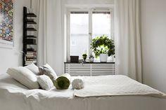 biała sypialnia,małe mieszkanie,47m w stylu skandynawskim,jak urządzic małe…