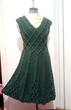 Ravelry: Amberjatko's Dress based on Caireen shawl