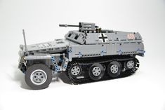 [MOC] Sd.Kfz.250/3 Light armoured halftrack by Chawn