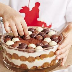 🌟Tante S!fr@ loves this 📌🌟 I Love Food, Good Food, Yummy Food, Baking Recipes, Dessert Recipes, Dutch Recipes, Yummy Cakes, No Bake Cake, Food Inspiration
