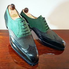Do you know any IG buddy who would easily pull these green combo off!! Never miss a pair of Vass using tags: #VassShoes #AscotShoes #LaszloVass #VassCharm #VassLondon #Vasscipo #Vass Each pair of Vass shoes are uniquely made-to-order taking approx 8 to 10 weeks. ------------------------------------------- .