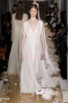 Valentino Couture spring/summer 2016 - HarpersBAZAAR.co.uk