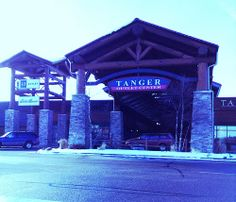 20/365: When in WI Dells, Shop at Tanger Outlet Mall