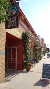 Food Co-ops Turn Social, Economic Profits, an article via the Cornucopia Institute.