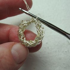 Mr. Micawber's Recipe for Happiness: Bird's Nest Wire Crochet Earrings & Tutorial