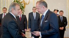 President Andrej Kiska appointed 26 new university professors at the Presidential Palace on Tuesday.