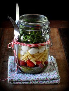 Conversando e cozinhando: Salada caprese no pote #DesafioPanelinha