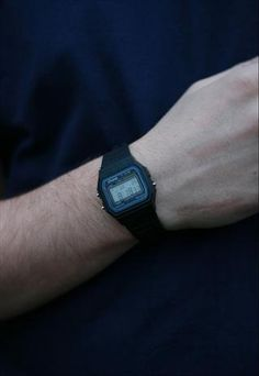 1980's Retro Casio Watch Black. Men style.