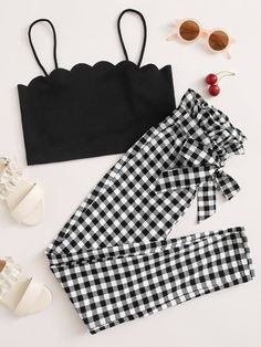 To find out about the Girls Scallop Trim Cami Top & Paperbag Waist Belted Gingham Pants Set at SHEIN IN, part of our latestGirls Two-piece Outfits ready to shop online today! Swag Outfits, Girl Outfits, Casual Outfits, Girls Fashion Clothes, Girl Fashion, Fashion Outfits, Gingham Pants, Blouse And Skirt, Spandex Material