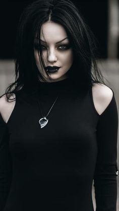 Hagen last kiss Gothic Girls, Hot Goth Girls, Dark Beauty, Goth Beauty, Steampunk Fashion, Gothic Fashion, Steampunk Clothing, Emo Fashion, Latex Fashion