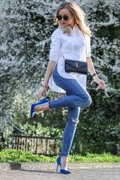 Outfit: White Shirt & Cobalt Blue Heels w / Saint Laurent Bag Preppy Outfits Bag Blue Cobalt Heels Laurent outfit Saint shirt White Outfit Jeans, Blue Heels Outfit, Bluse Outfit, Heels Outfits, Mode Outfits, Outfits With Blue Shoes, Blue Jean Outfits, Long Shirt Outfits, White Shirt Outfits