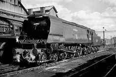 34063 229 Squadron in ex-works condition on Saturday, August 1963 at Nine Elms shed. Diesel Locomotive, Steam Locomotive, Southern Trains, Trans Siberian Railway, Flying Scotsman, Steam Railway, Southern Railways, Merchant Navy, Bullen