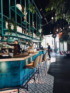 blue and green together. Coffee Shop Interior Design, Coffee Shop Design, Restaurant Interior Design, Cafe Restaurant, Outdoor Restaurant, Design Café, Cafe Design, Design Ideas, Architecture Restaurant