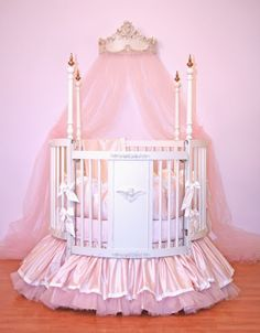 Princess cot